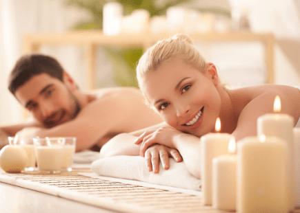 Топъл масаж за двама
