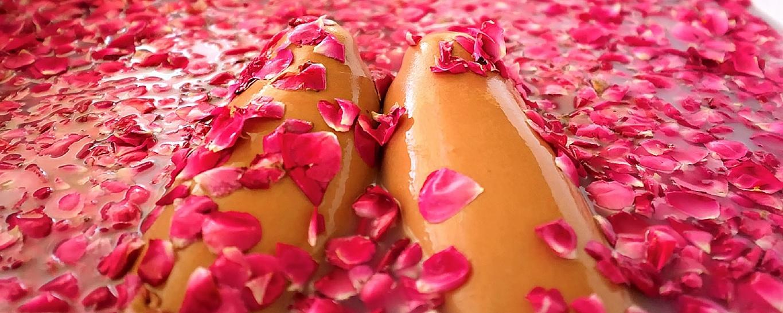 Вана с рози-Хидротерапии